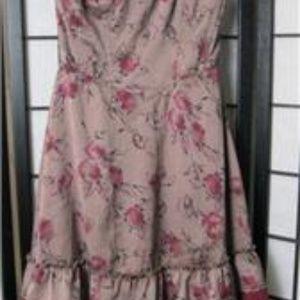 FREE PEOPLE Mauve Floral w/ Eyelet Trim Dress